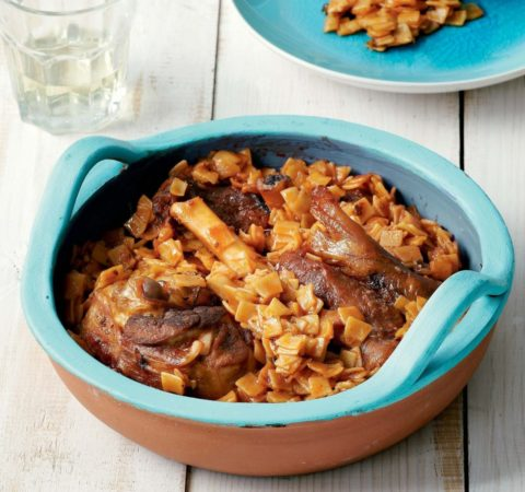 Oven-baked-lamb-with-egg-pasta